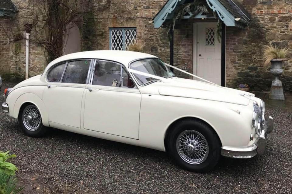 classic-wedding-car-limo-hire-ireland-1