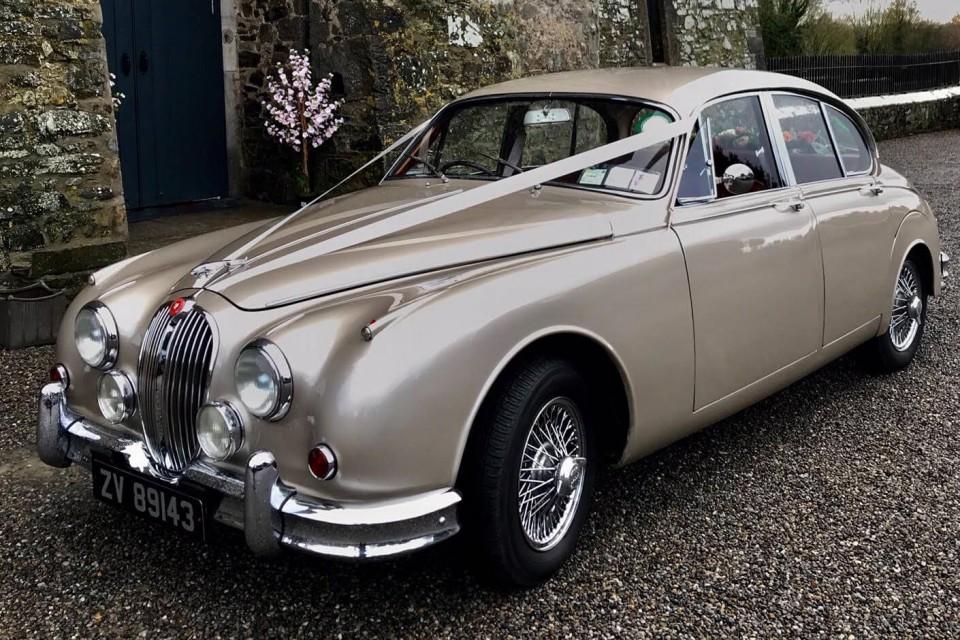 classic-wedding-car-limo-hire-ireland-2
