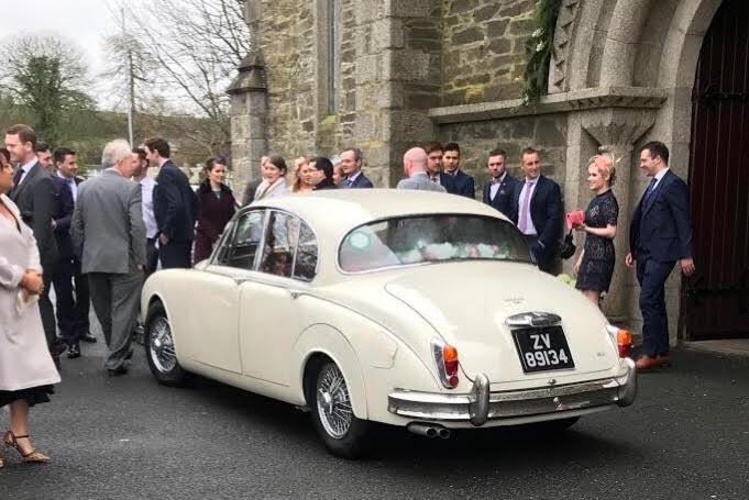 classic-wedding-car-limo-hire-ireland-3