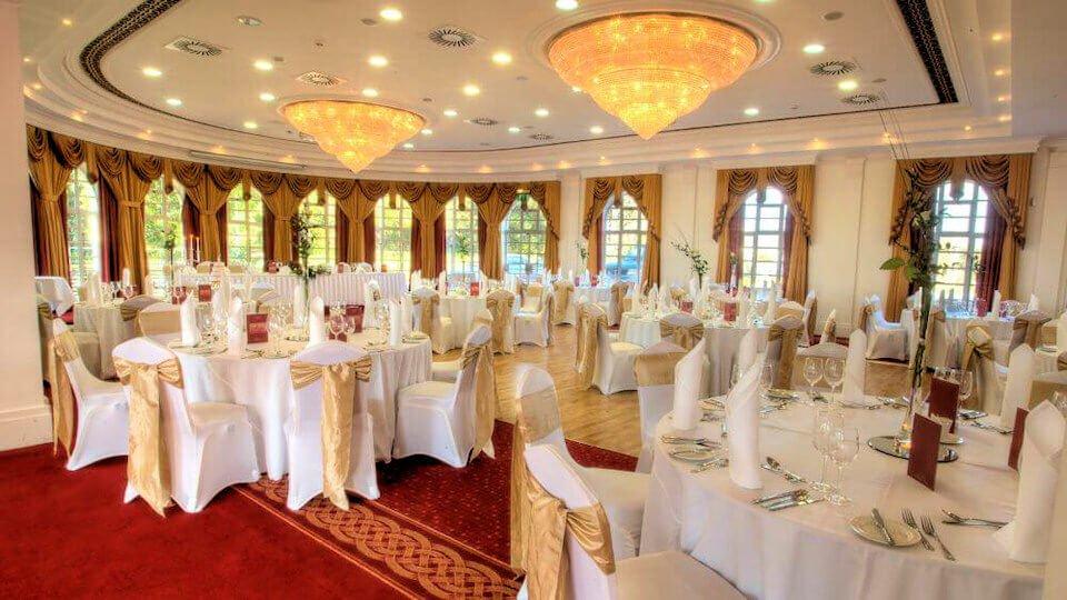 Lucan spa hotel dublin wedding venue information page for Beautiful cheap wedding venues
